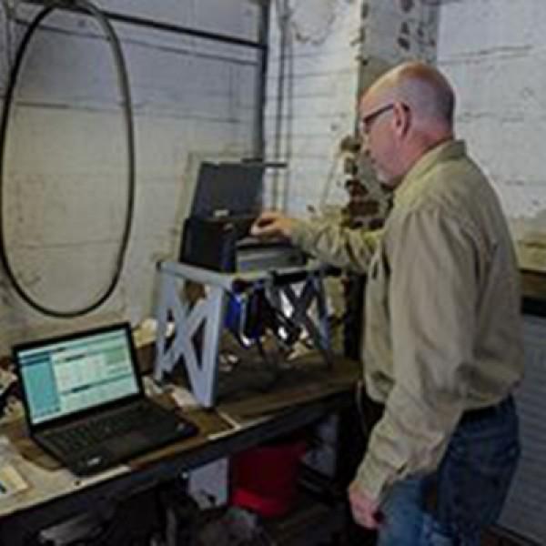 Анализатор металлов Olympus Vanta для Автокатализаторов